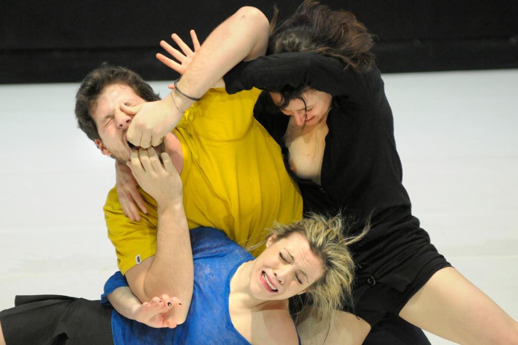 """""""Cogli la prima"""": domenica 22 dicembre """"To this purpose only"""", spettacolo di teatro danza con musiche di Nino Rota e Mina"""