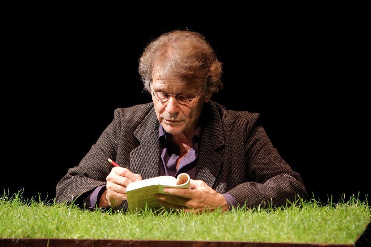 Daniel Pennac a Manfredonia, sabato 5 l'incontro con l'autore e domenica 6 lo spettacolo