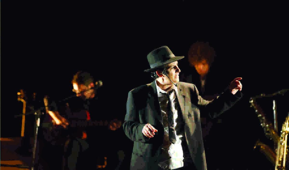 """Teatro Manfredonia: sabato 22 novembre """"L'uomo che inventò i Beatles"""" per la prima di """"Rigenera"""""""