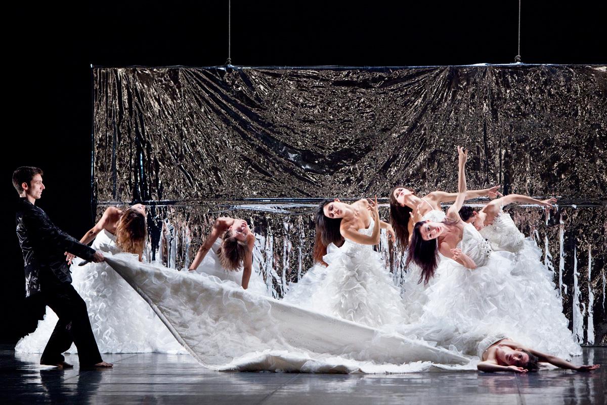 """""""Rigenera"""": giovedì 26 febbraio tra lirica e danza in scena """"Traviata"""" di Monica Casadei"""