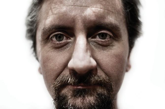 """#ATeatroGermogli: sabato 5 dicembre Ascanio Celestini porta in scena """"Laika"""""""