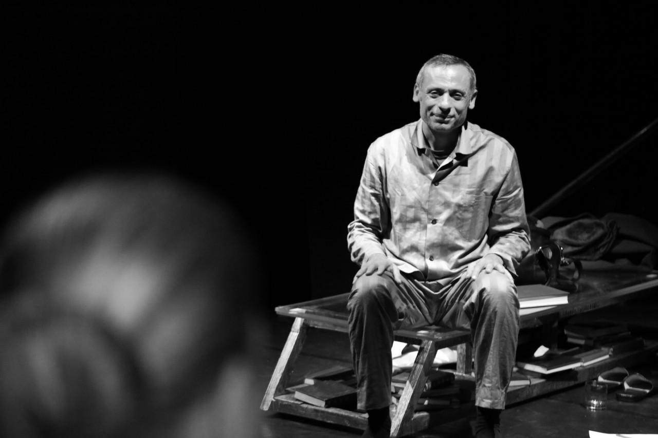 """""""Lorenzo Milani"""", da giovedì 31 marzo a sabato 2 aprile in anteprima nazionale al Teatro """"Dalla"""" di Manfredonia"""