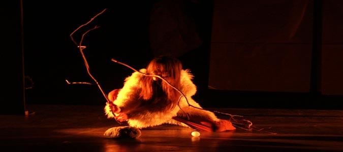 """Teatro Manfredonia: domenica 13 marzo """"Balbettio"""" di Teatro Kismet per """"FavolosamenteVera"""", posticipato al 18 aprile """"Il Sindaco pescatore"""" con Ettore Bassi"""