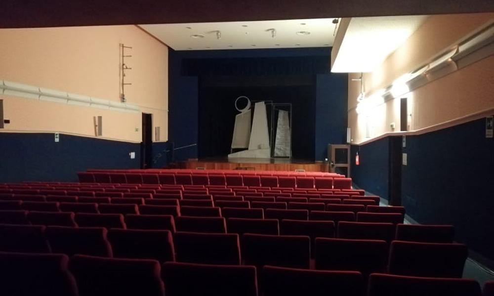 """Sospesa fino al 3 aprile 2020 la programmazione del Teatro Comunale """"Lucio Dalla"""""""